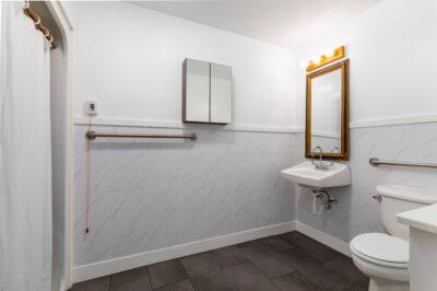 Photo of Avalon bathroom